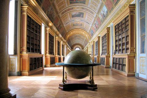 Thư viện lâu đài Fontainebleau, Pháp