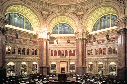 Thư viện Quốc hội Hoa Kỳ gồm hơn 30 triệu cuốn sách được phân loại và các tài liệu in ấn khác được viết bằng 470 thứ tiếng; hơn 61 triệu bản thảo viết tay; bộ sưu tập các cuốn sách hiếm lớn nhất Bắc Mỹ, bao gồm bản sơ thảo Tuyên ngôn Độc lập Hoa Kỳ, Kinh T