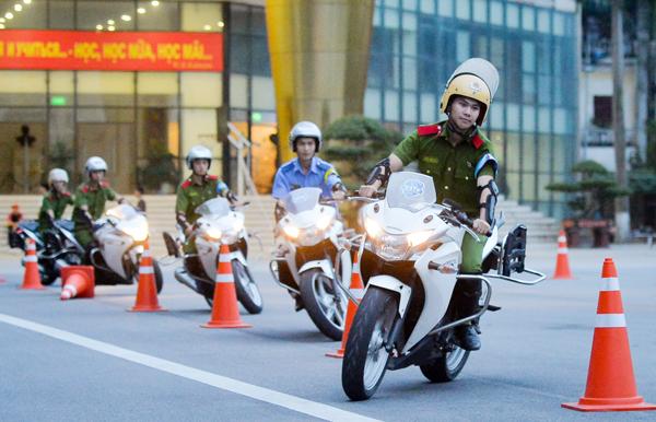 Các thành viên trong CLB thường xuyên được tham gia các đợt tập huấn, thi lái xe an toàn