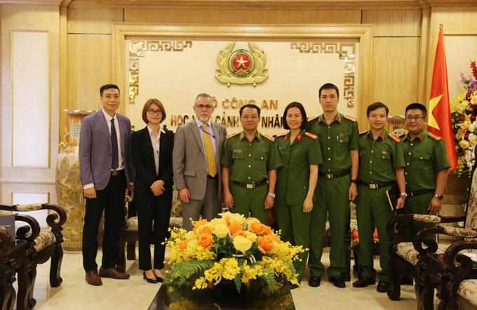 Học viện CSND tiếp xã giao Tùy viên An ninh, Đại sứ quán Hoa Kỳ tại Việt Nam