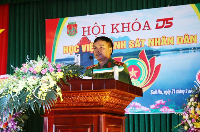 Thiếu tướng, GS. TS Nguyễn Đắc Hoan, Phó Giám đốc Học viện phát biểu tại buổi gặp mặt